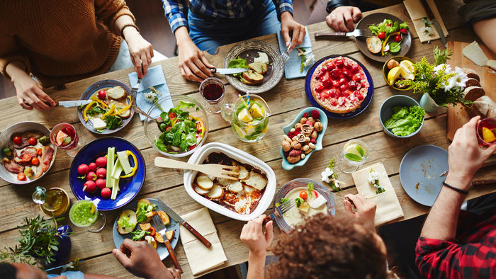 eating-different-food-best-adventures-to-do