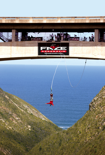 Bloukrans Bridge, Western Cape, South Africa - Best places to bungee jump - 2018 - TrendMut- USA 3