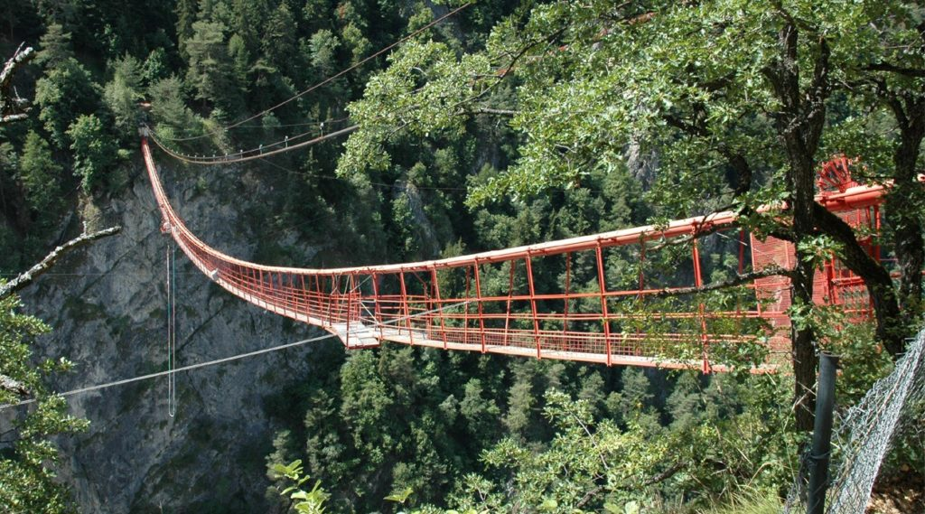 Niouc Bridge, Val d'Anniviers, Switzerland - Best places to bungee jump - 2018 - TrendMut- USA