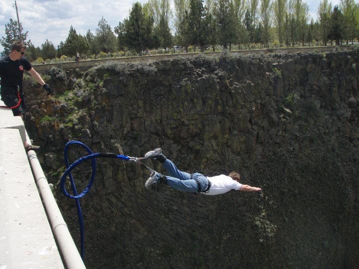 Rio Grande Bridge, Taos, New Mexico - Best places to bungee jump - 2018 - TrendMut- USA 2