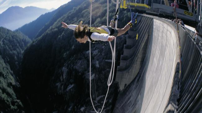 Verzasca Dam, Ticino, Switzerland - Best places to bungee jump - 2018 - TrendMut- USA