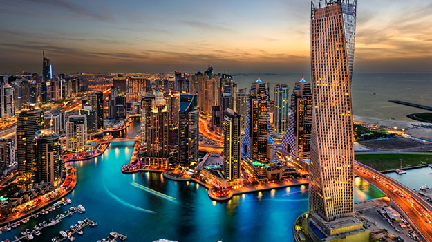 traveling-to-Dubai