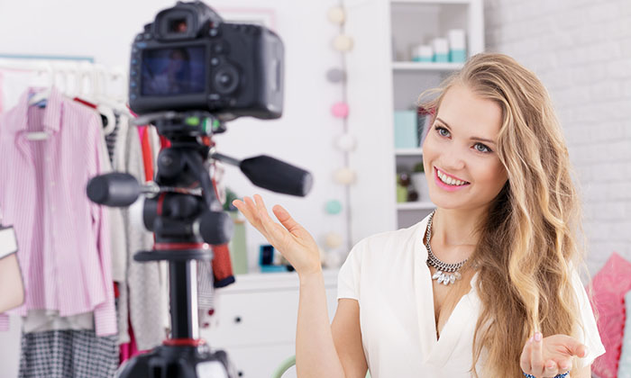 how to become a successful vlogger