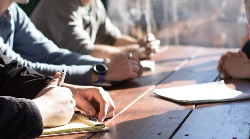How Do Leadership Skills Improve Professional Performance