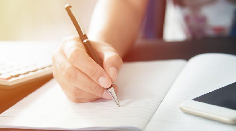 writing-scientific-essay-tips