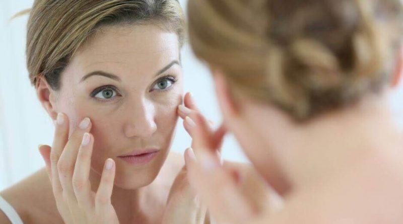 5 Habits That Cause Your Skin Age Faster